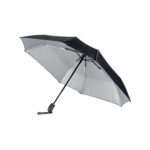 UMF1103 - 3 FOLD SQUARE SHAPE UMBRELLA. Material: 210T polyester with UV protection. Dimensions: 21 inch with 8 panels