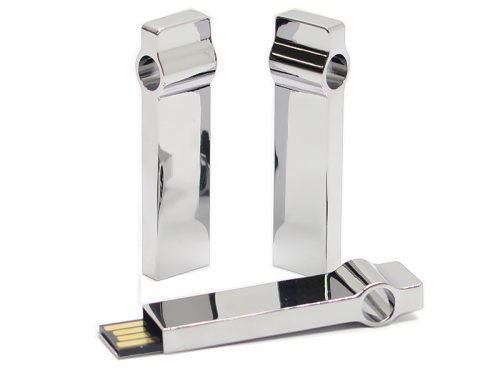 MT100 Silver Metallic USB available in 8, 16 & 32 GB